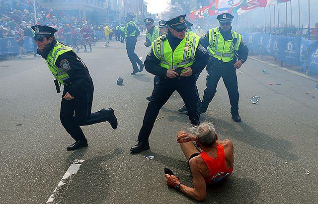 Dramatyczne zdjęcie z Bostonu obiegło świat - zobacz