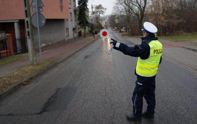 Śląskie. Policja z Jasienicy, Bielska-Białej i Kóz zatrzymała pijanych kierowców po nieudanych próbach ucieczki.