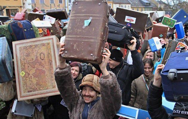 Rekord Guinnessa w zgromadzeniu walizek w jednym miejscu
