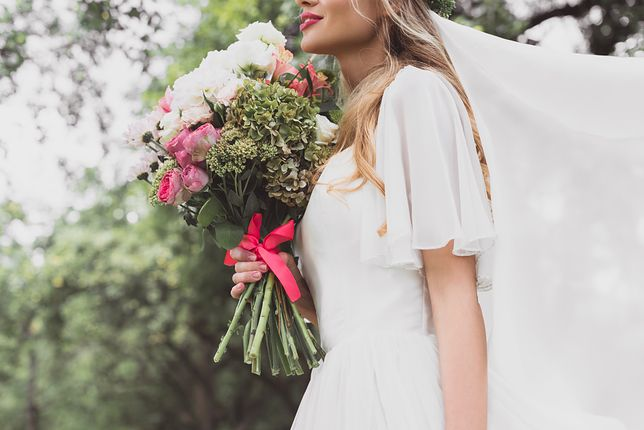 Ślubne trendy na rok 2020 - co będzie wciąż modne, a co odejdzie do lamusa?