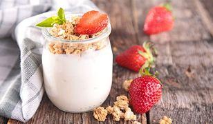 Dieta jogurtowa to skuteczny sposób na odchudzanie.