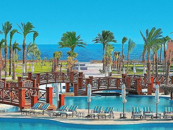 Otoczenie hotelu Resta Grand Resort w Egipcie