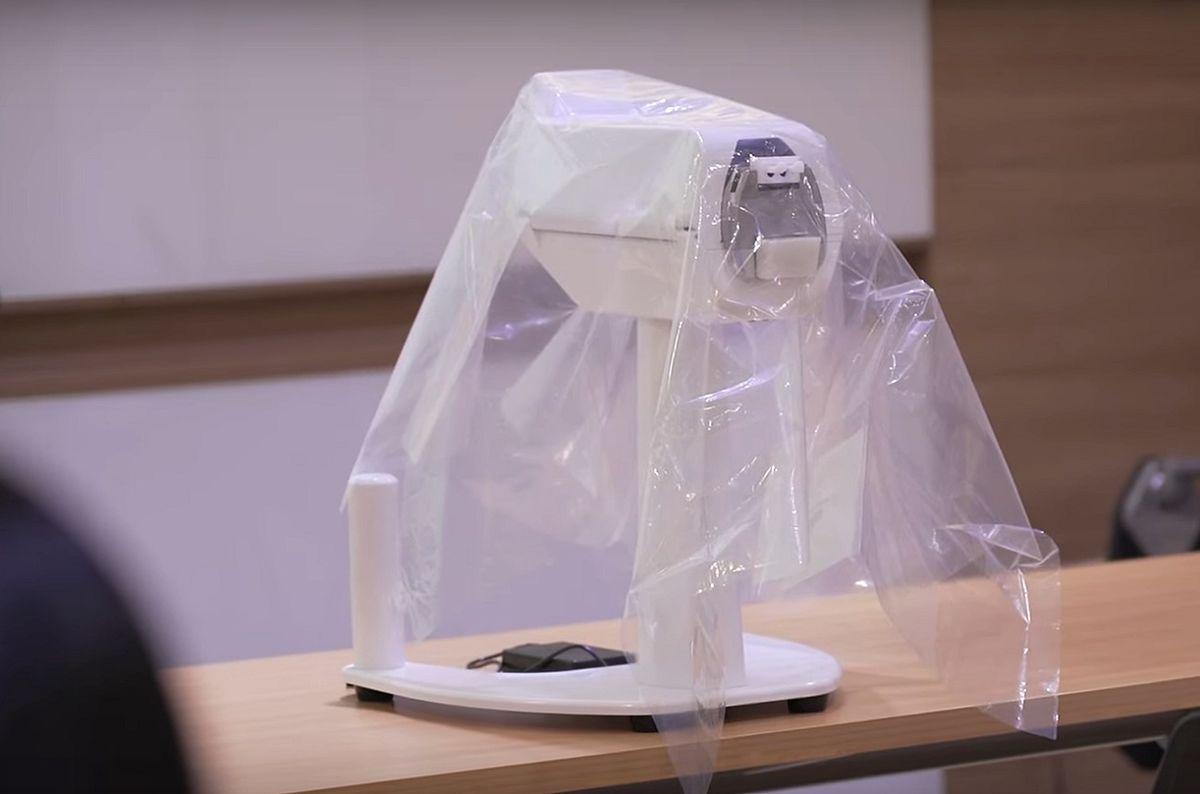 Koronawirus wykryty przez robota? Urządzenie opracowane przez singapurskich naukowców jest w fazie testów