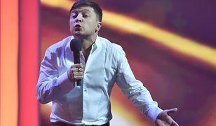 Zamiast wyborczych wieców Wołodymyr Zełenski oferuje Ukraińcom darmowe występy kabaretowe