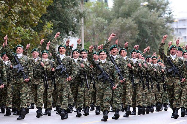Greccy żołnierze zarazili się gruźlicą od imigrantów? Minister zaprzecza