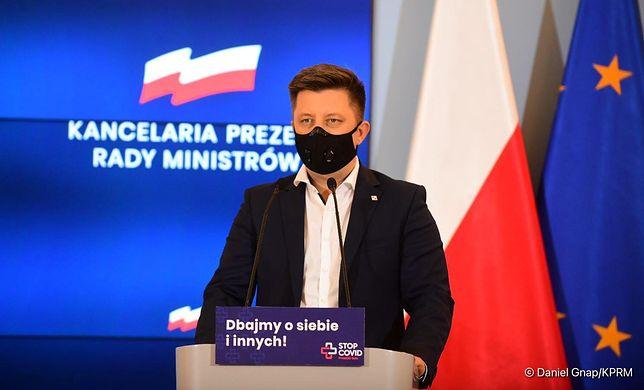Koronawirus. Michał Dworczyk podczas konferencji w KPRM
