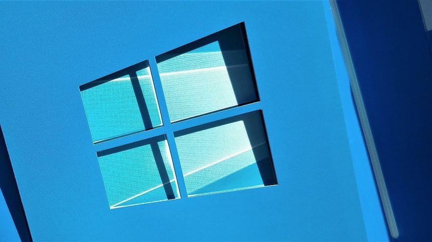 Windows 10 działa na 700 milionach pecetów. To sukces w czasach mobilności