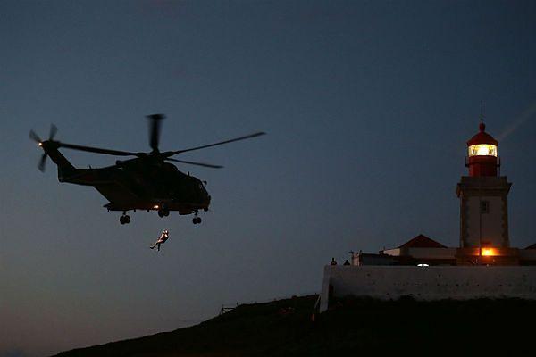 Helikopter ratowniczy nad miejscem tragedii
