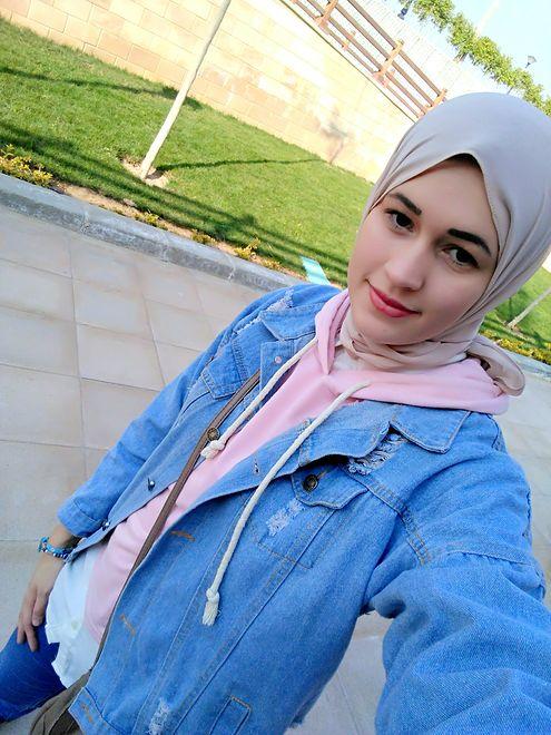 23-letnia Polka od trzech latach prowadzi Instagram na którym pokazuje swoje życie w Egipcie.