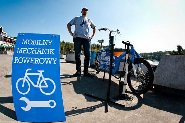 Pierwszy w Polsce mobilny mechanik rowerowy. Spotkasz go na poznańskich ulicach