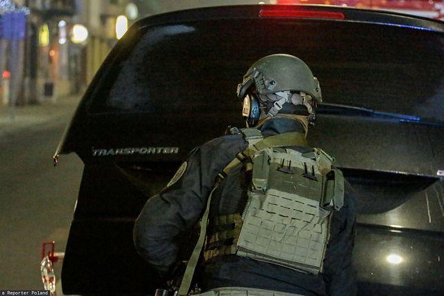 Tysiące euro za zabicie policjanta? Ogłoszenie gazety zbliżonej do Al-Kaidy