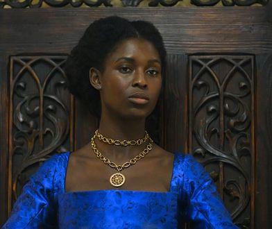 """Widzowie bezlitośni. Torpedują """"Annę Boleyn"""" niskimi ocenami"""