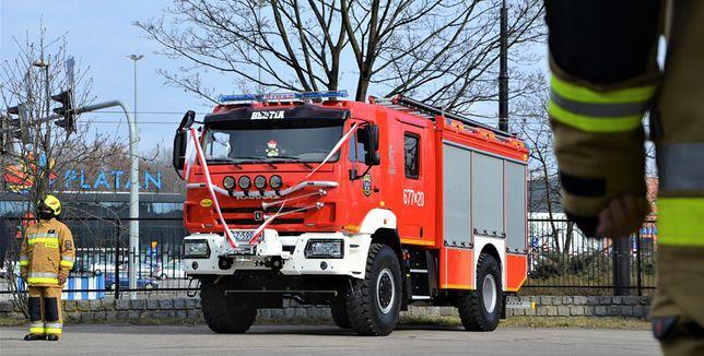Zabrze. OSP w Makoszowach dostało nowy wóz gaśniczy.