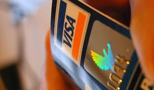 SMS zabezpieczy transakcje kartami kredytowymi za granicą