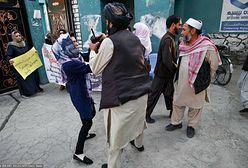Afganistan. Talibowie przerwali protest sześciu kobiet. Użyli karabinów