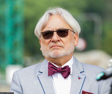 Uderzenie w prof. Maksymowicza. Media wskazują źródło ataku