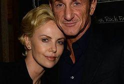 Charlize Theron i Sean Penn: Ukrywając romans, bawili się świetnie