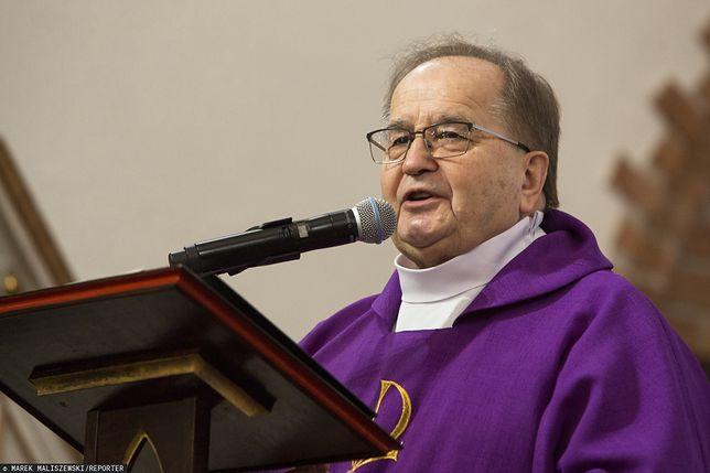 Ojciec Rydzyk prosi o pomoc. Katolickie media w tarapatach