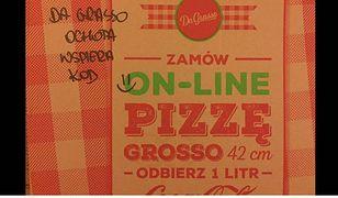 Wysłali pudełka pizzy pod Sejm. Czy popularna sieć restauracji wspiera KOD?