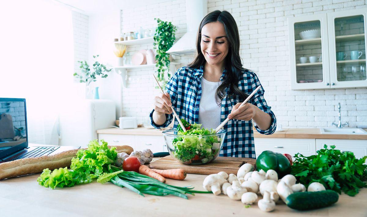 Samodzielne wykluczenie z jadłospisu określonych produktów może jednak negatywnie wpływać na nasze samopoczucie