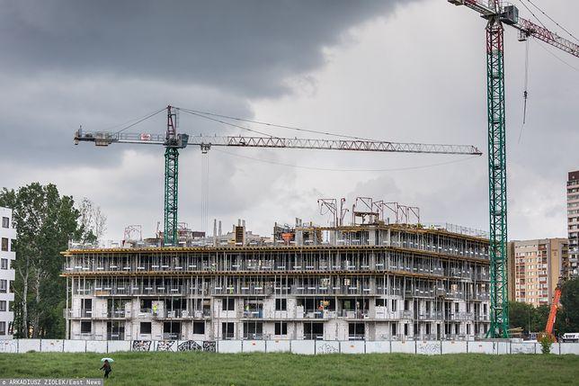 """Warszawa. Duże zainteresowanie budową osiedla """"Mieszkanie Plus"""" przy ul. Ratuszowej"""