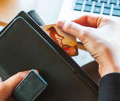 Rekordowa liczba e-płatności. Dzięki zaufaniu do bankowych systemów bezpieczeństwa