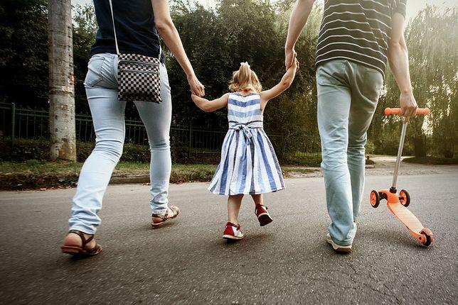 Klasyfikacja metod wychowawczych, czyli pomoc w wychowaniu dziecka