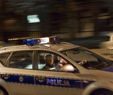 Uciekał autostradą pod prąd, kradzionym autem, z 14-latką w środku. Odpowie przed sądem