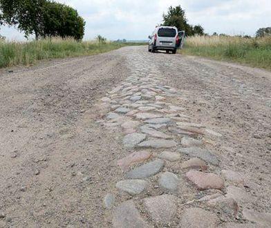 NIK: przy budowie autostrad dewastuje się drogi lokalne