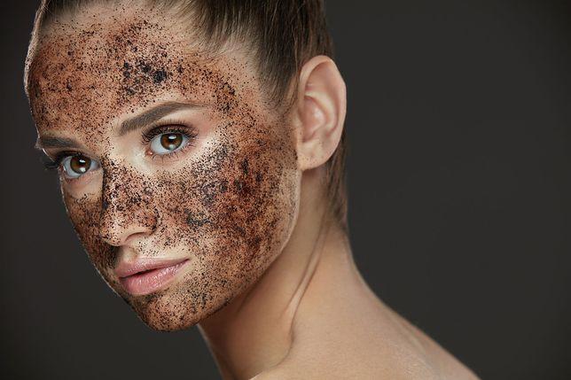 Domowe peelingi do twarzy. Peeling do cery trądzikowej