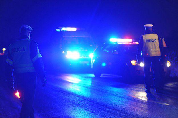 Wypadek w Żyrardowie. Policja szuka kierowcy BMW