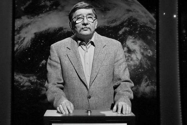 """Edward Rakszewski był zwycięzcą teleturnieju """"Jeden z dziesięciu""""."""