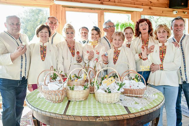 """""""Sanatorium miłości"""": świąteczne spotkanie seniorów. Uczestnicy wzruszająco upamiętnili Cezarego"""