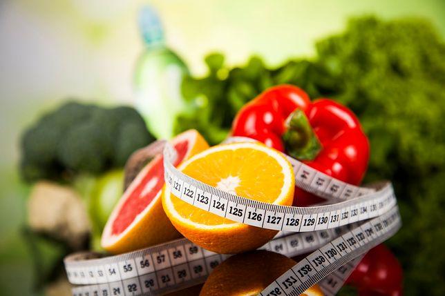 Ile kalorii dziennie można jeść? Nowe badania