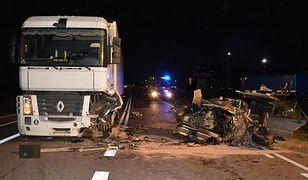 Zmęczony kierowca tak samo niebezpieczny jak pijany