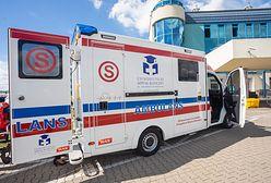 Wrocław. Pacjentka zmarła w karetce i była wożona kilka godzin po mieście. Znane wyniki śledztwa