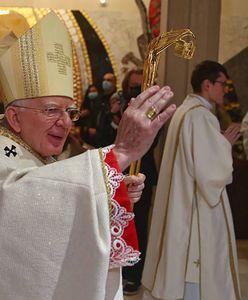 W Polsce przybywa apostatów. Abp Jędraszewski postanowił zabrać głos