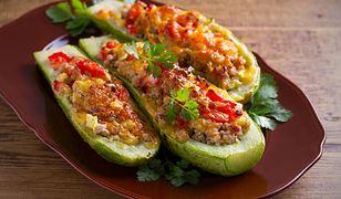 Zachwyci koneserów mięsa i warzyw. Hiszpańska faszerowana cukinia