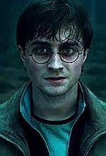 Harry Potter u boku kobiety w czerni