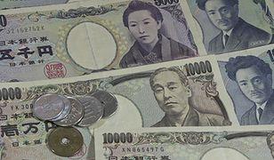 Premier Japonii martwi się o jena. Zapowiada działania