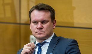 Dominik Tarczyński zastąpi Beatę Gosiewską w PE?