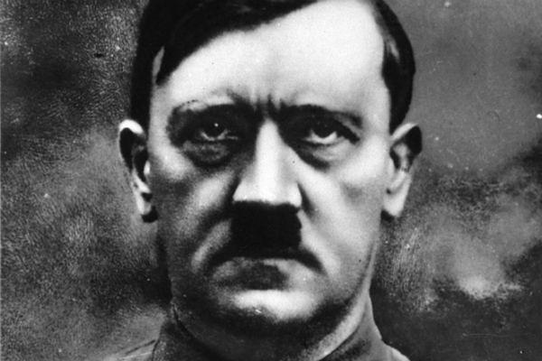 Pobaw się w... Hitlera