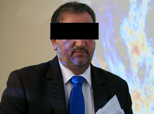 Skandal w IMGW. Były szef zatrudniał studentów w zamian za seks