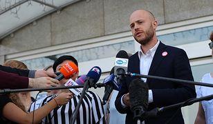 """Jan Śpiewak ujawnia kolejne tajemnice. """"PO wciąż kryje mafię reprywatyzacyjną"""""""