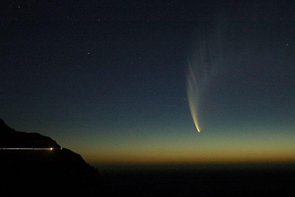Dobre warunki do obserwacji komety C/2013 R1 (Lovejoy)