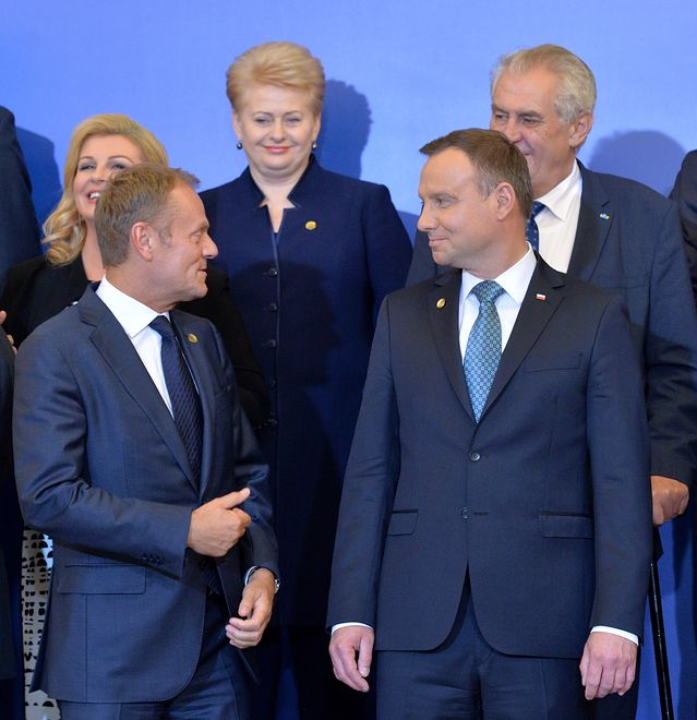 Andrzej Duda i Donald Tusk najlepiej wypadają w rankingach zaufania
