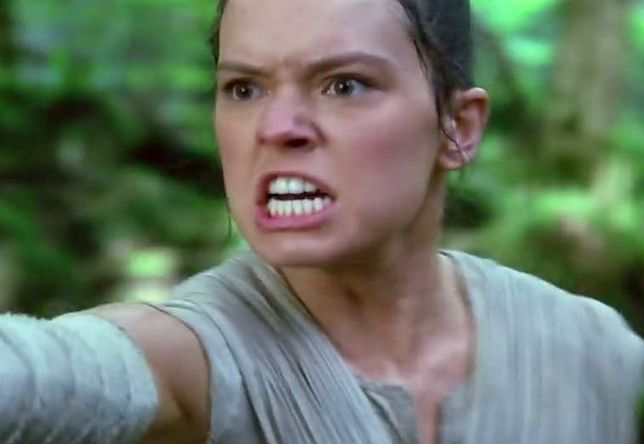 """Kadr z filmu """"Gwiezdne wojny: Przebudzenie mocy"""""""