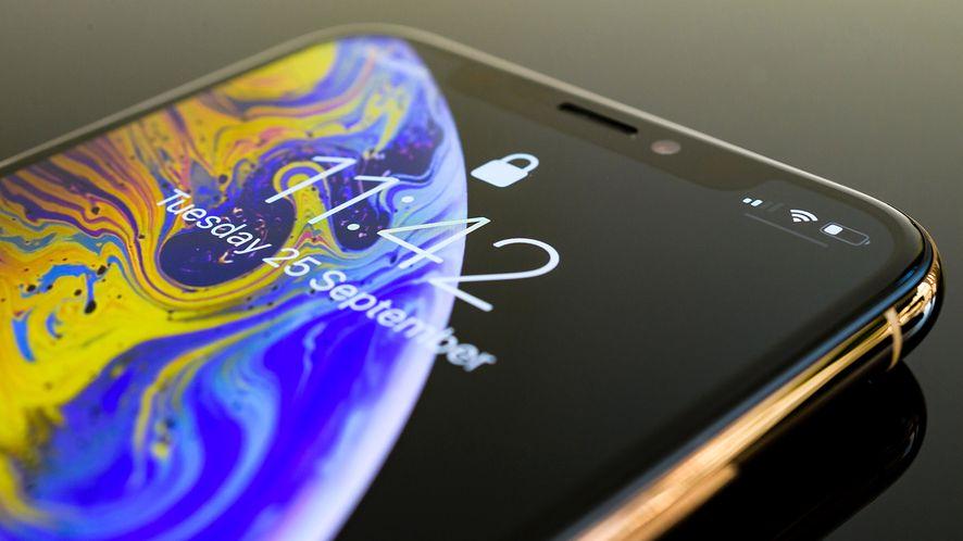 Apple może pokazać smartfon z mniejszym ekranem niż w XS (depositphotos)