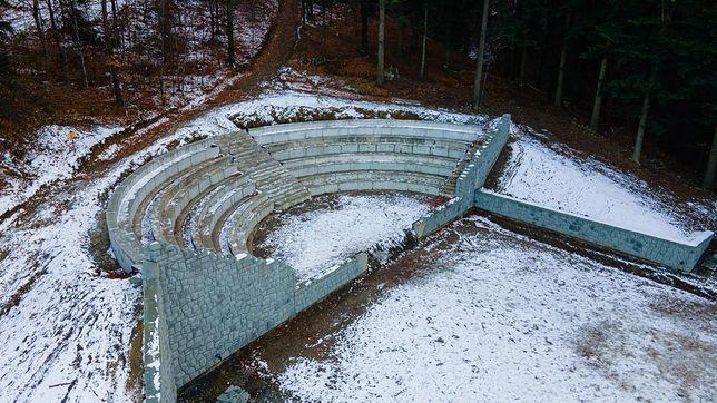 Przedłużają się prace przy renowacji amfiteatru w Lipniku dzielnicy Bielska-Białej.