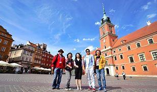 Chińczycy w Polsce - co zwiedzają, gdzie jedzą i czego się boją?